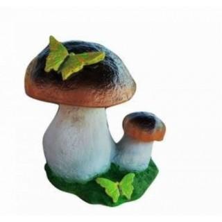 Белый гриб с бабочкой Садовая фигура
