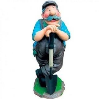 Садовая фигура Дачник с лопатой -полистоун