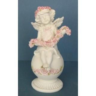 Ангел с гирляндой роз Садовая фигура